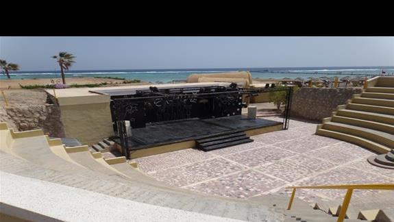 Amfiteatr w hotelu Three Corners Fayrouz Plaza Beach Resort