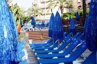 Hotel Dunas Mirador Maspalomas - Leżaki i parasole przy basenie