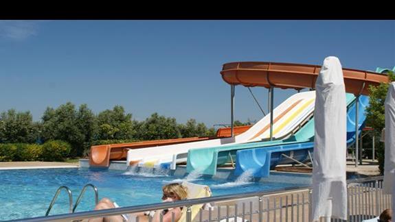Sea World Resort. Zjezdzalnie.