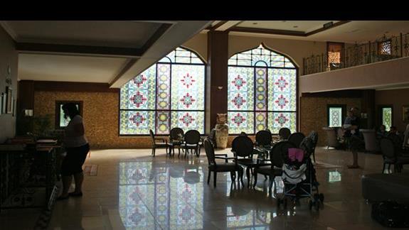 Turan Prince Residence. Lobby.