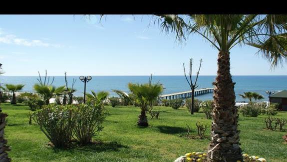 Turan Prince Residence. W strone plazy
