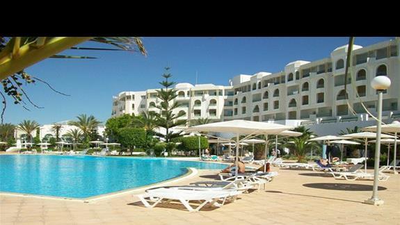 Hotel El Mouradi Hammamet basen