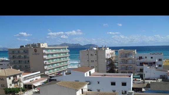 Widok na morze z pokoju dwuosobowego w hotelu Nordeste Playa
