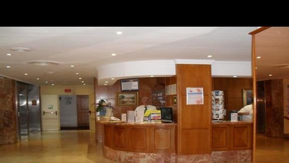 Recepcja hotelu Bahia de Palma