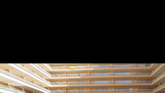 Basen hotelu Bahia de Palma
