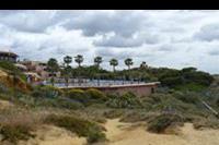 Hotel Auramar Beach Resort - Widok na hotel od strony plazy