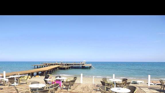 Bar na plazy w hotelu Mirada del Mar