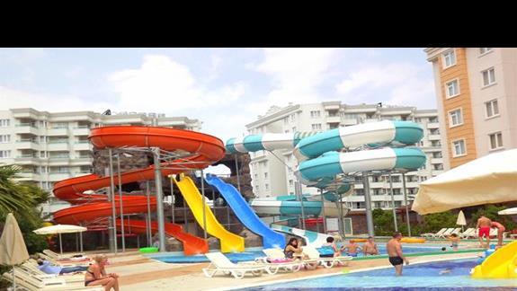 Zjezdzalnie w hotelu Ramada Resort Lara