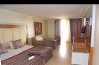 Hotel Pegasos Planet Incekum - Jedno z pomieszczen w pokoju rodzinnym w hotelu Pegasos Resort