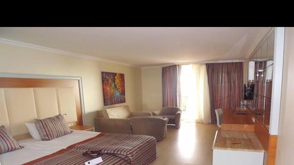 Jedno z pomieszczen w pokoju rodzinnym w hotelu Pegasos Resort