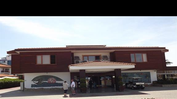 Hotel Eftalia Village od frontu