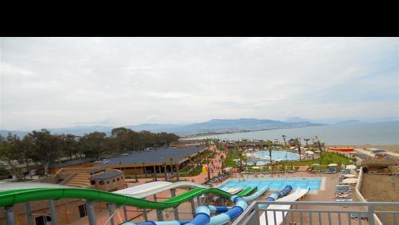 Widok na aquapark i infrastrukture nalezaca do hoteli Eftalia