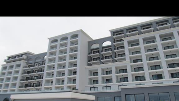 Budynek od strony morza