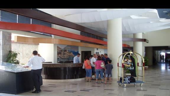 recepcja hotelu La Blanche Resort & Spa