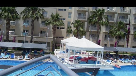 basen hotelu La Blanche Resort & Spa