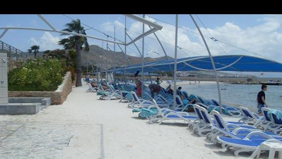 plaza hotelu La Blanche Resort & Spa