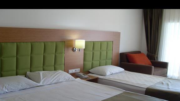 pokój standardowy hotelu Feye Pinera