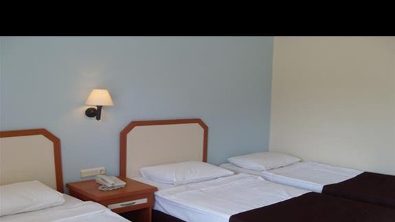 pokój standardowy w hotelu Pigale Beach