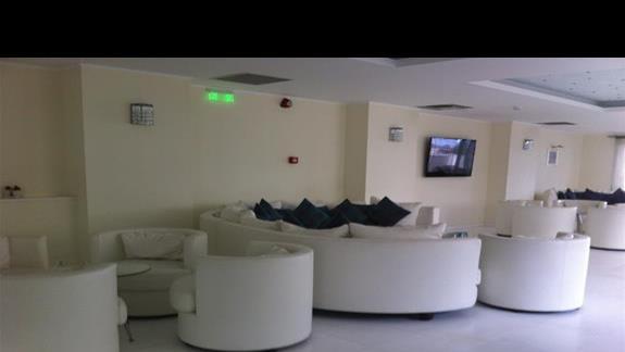antresola w lobby