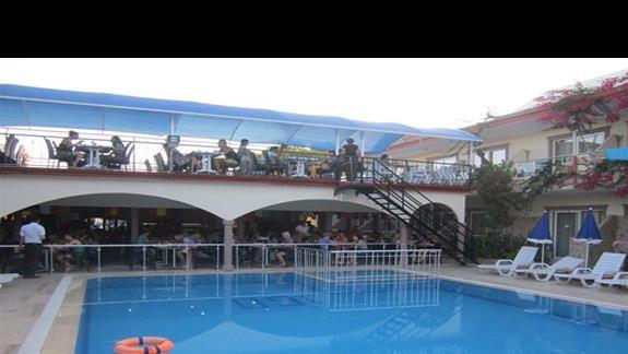 stolówka i basen