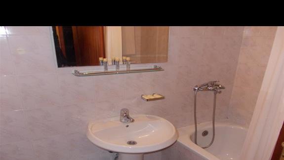 Hotel Ljuljak - łazienka