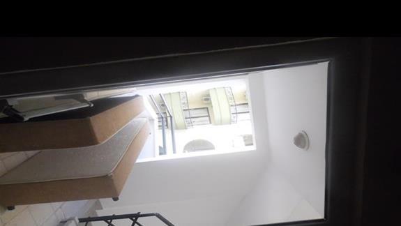 schody hotelowe