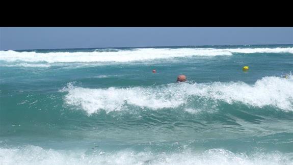 kapiel w morzu