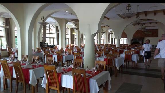 Vera Club Tmt restauracja glówna