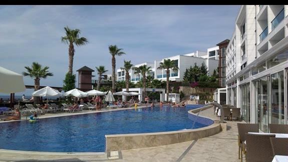 Delta Beach Resort basen