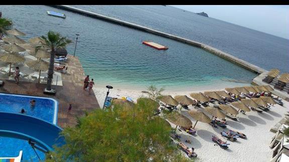 Delta Beach Resort piaszczysta plaza