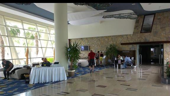 La Blanche Resort lobby