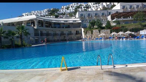 Yasmin Resort basen