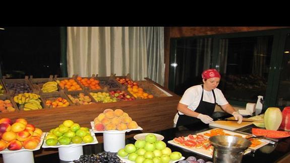Owoce do kolacji.