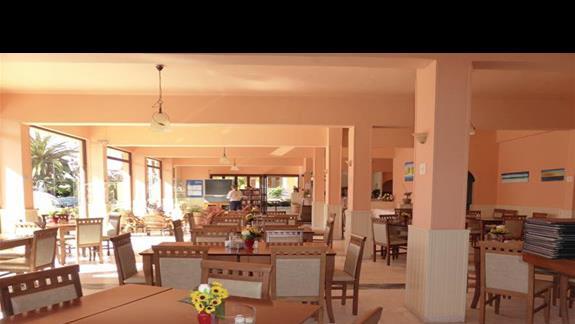 Restauracja w hotelu Akti Arilla
