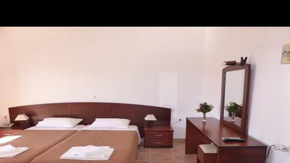 Pokój standardowy w hotelu Akti Arilla