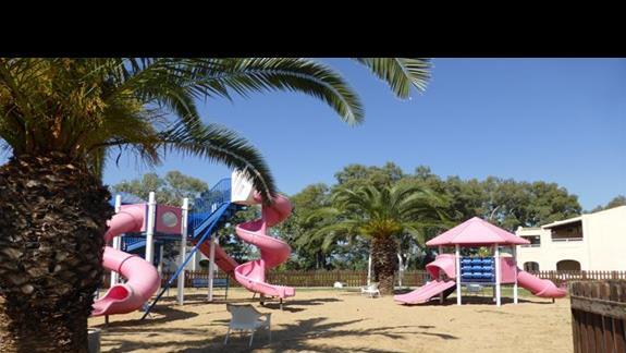 Plac zabaw hotelu Aquis Sandy Beach