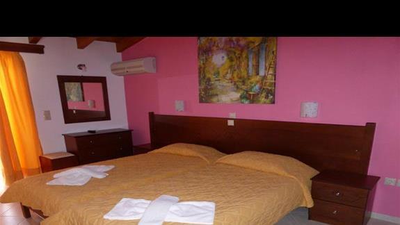 Pokój standardowy w hotelu Angela Beach