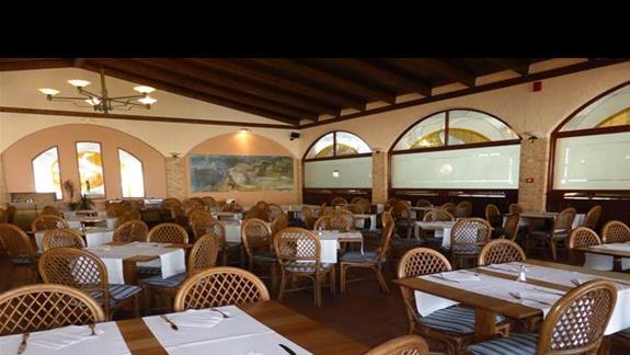 Restauracja w hotelu Gelina Village