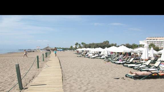 Plaża przy Crystal Tat Beach