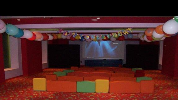 Sala kinowa w strefie dla dzieci w Titanic Deluxe