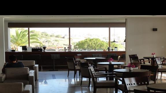 Miramare Resort - bar w lobby
