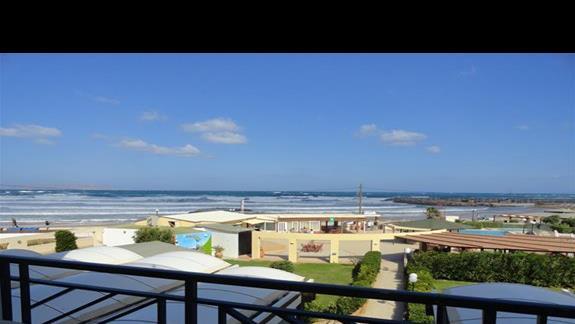 Astir Beach - widok z pokoju