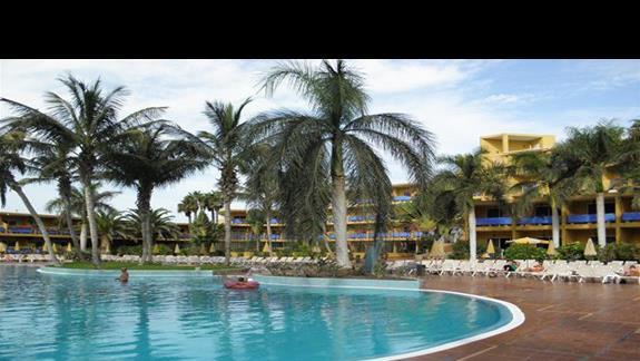 Basen hotelu Drago Park