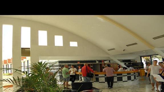 Recepcja oraz hol hotelu Fuerteventura Playa