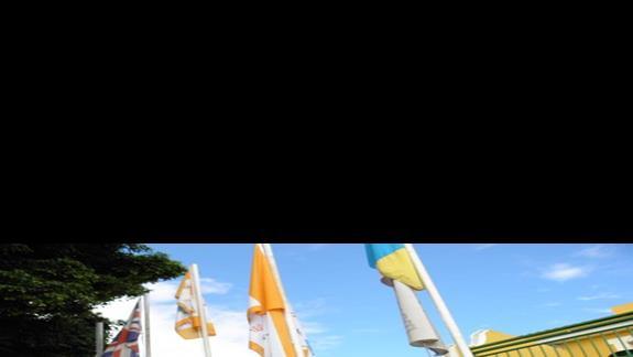 Aparthotel Caleta Garden od frontu