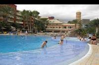 Hotel Elba Carlota - Duze jazuzzi wydzielone z basenu glównego w hotelu Elba Carlota
