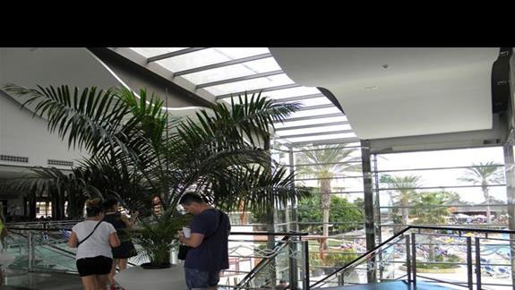Atrium w hotelu Elba Carlota