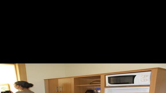 Aneks kuchenny w apartamencie hotelu Sol Lanzarote