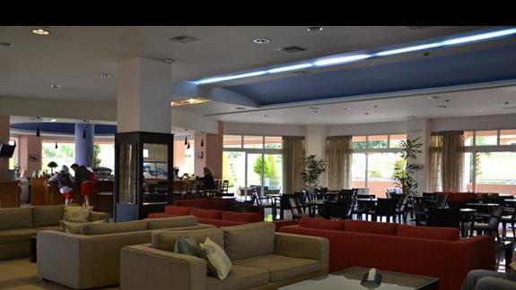 Lobby w hotelu Horizon Beach
