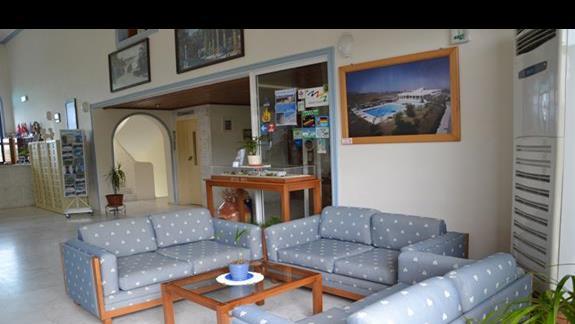 Lobby w hotelu Nina Beach